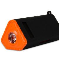 Kmashi Arma 3-in-1 battery flashlight charger