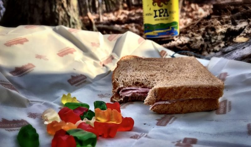 Bee's Wrap is the Environmentally Friendly Sandwich Bag Designed for the Trail